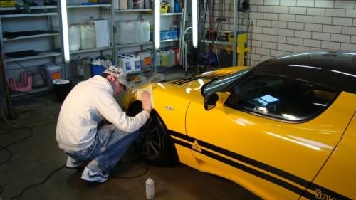 praca na myjni samochodowej