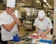 Oferta pracy w Niemczech pomoc kuchenna na zmywaku Düsseldorf