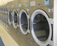 Fizyczna praca Niemcy bez znajomości języka w pralni przy obsłudze maszyn