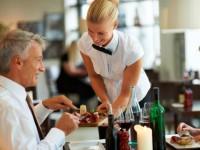 Kelner lub Kelnerka dam pracę w Niemczech, okolice Berlina