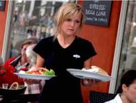 Kelnerka w hotelu 4* – oferta pracy w Niemczech ok. Rostocka