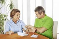 Berlin, Niemcy praca dla opiekunki osób starszych do Pani Lory (lata 73)