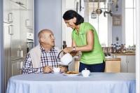 Monachium, Niemcy praca dla opiekunki osób starszych do Pana Bastiana (lat 82)